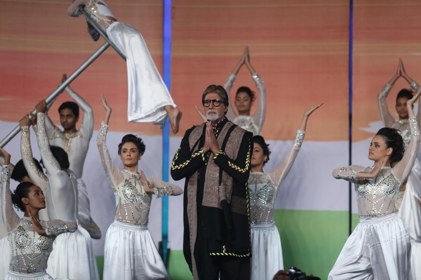 Amitabh Bachchan, Abhishek Bachchan, Aishwarya Rai Bachchan At 26/11 stories of strength Event Photos