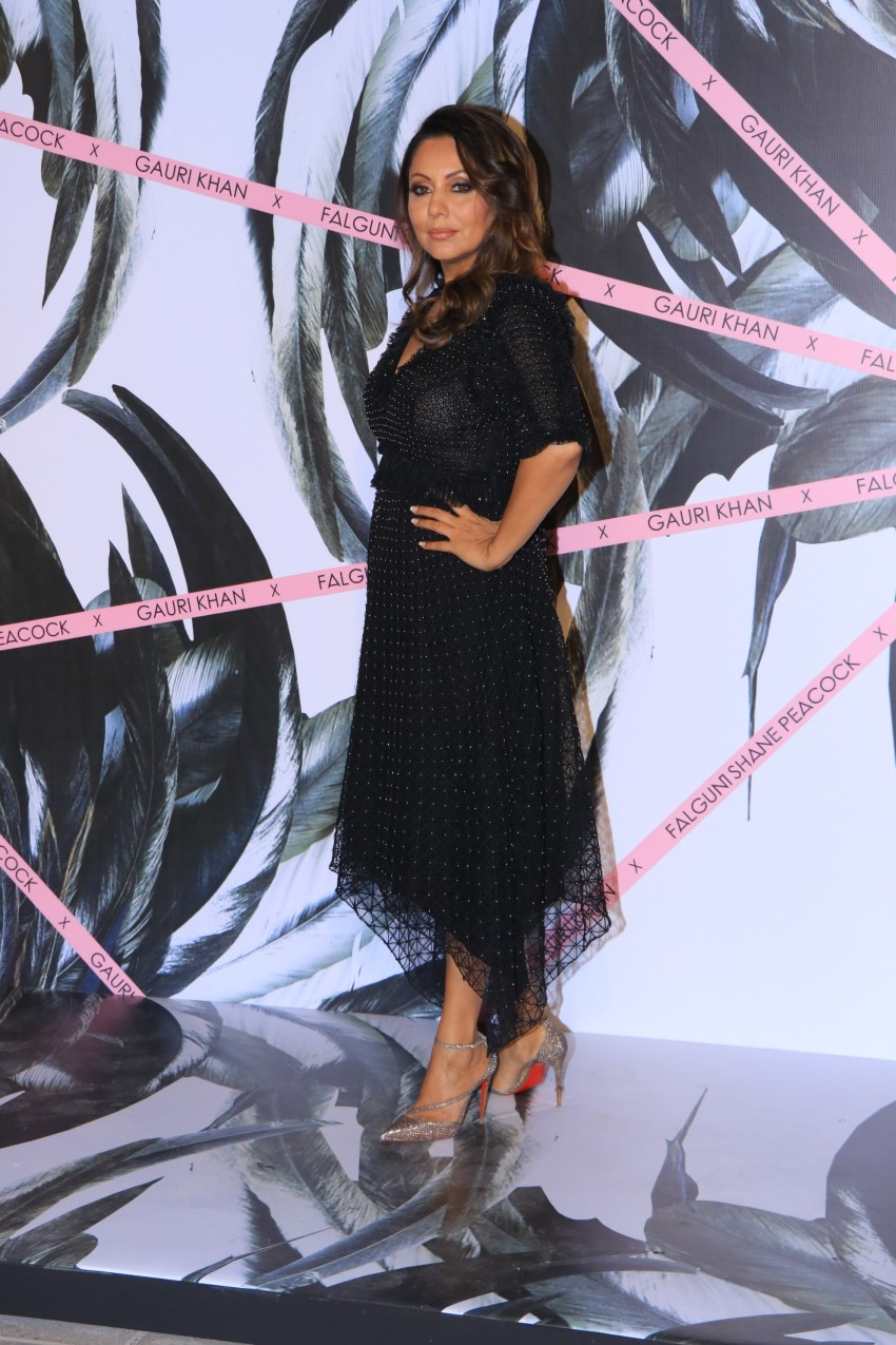 Gauri Khan, Malaika Arora, Ananya Panday & others at Falguni and Shane Peacock's flagship store opening Photos