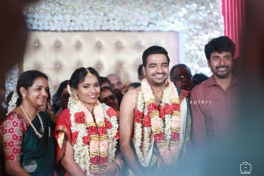 Actor Sathish And Sindhu Wedding Photos