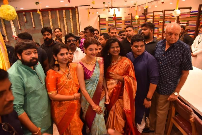 Kajal Agrawal Launched Vidhatri Shopping Mall at Vijayawada Photos