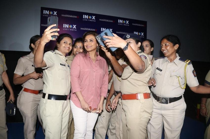 Rani Mukherjee Watches Mardaani 2 With Female Cops Photos
