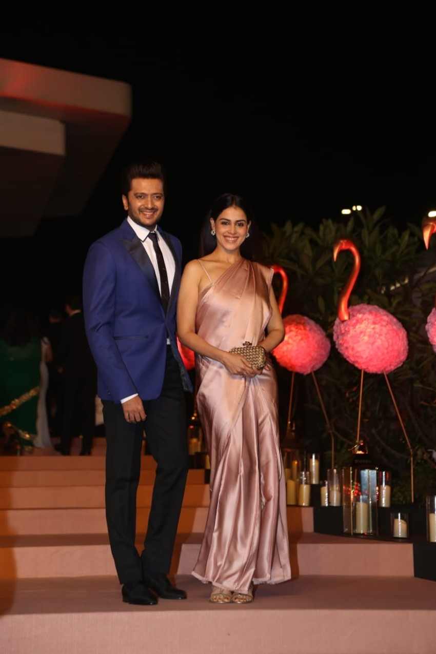 Riteish Deshmukh, Genelia D'Souza, Sonam Kapoor & others At The Gyaan Project Photos