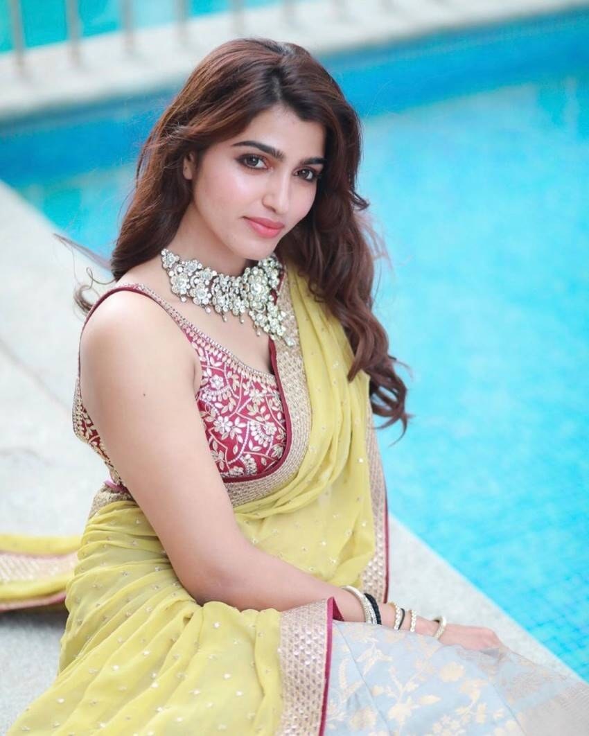 Sai Dhanshika Photos