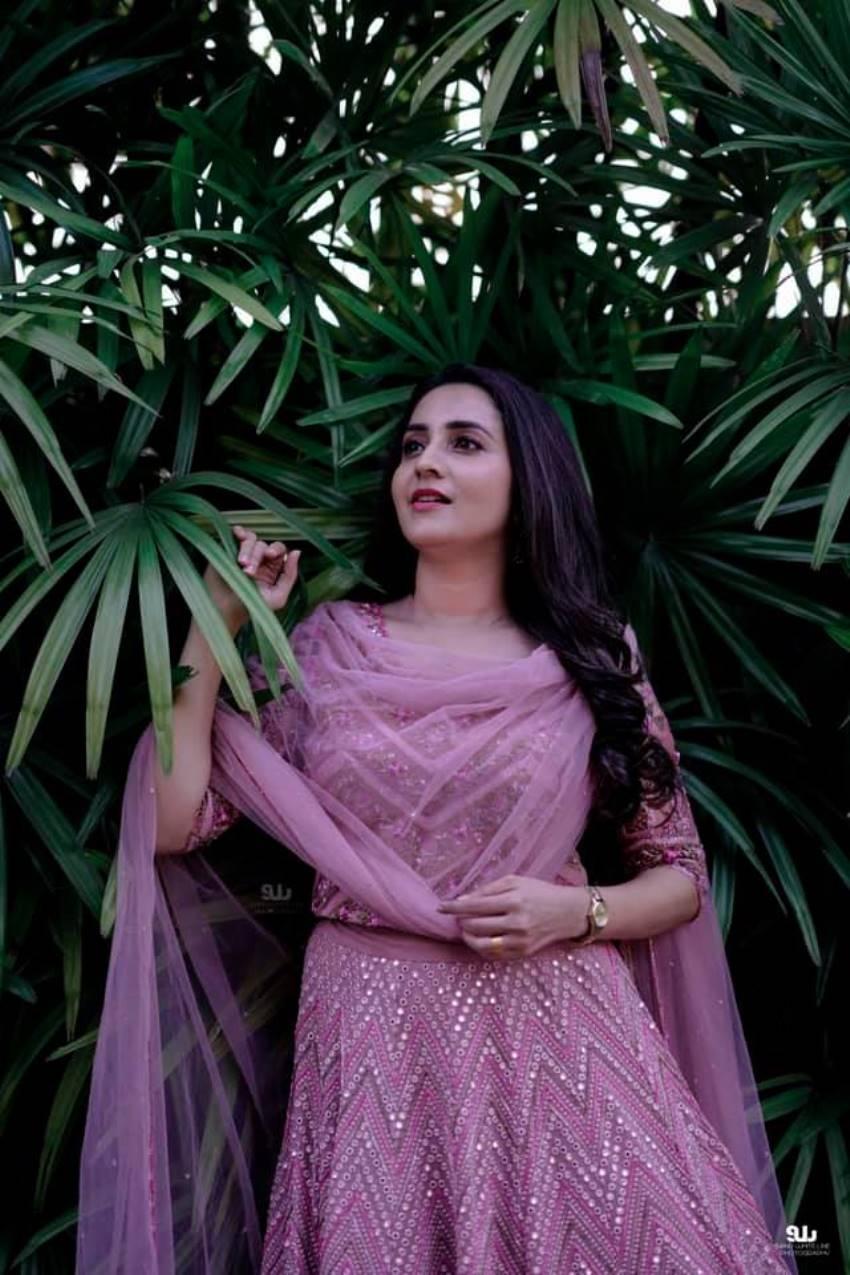 Actress Bhama And Businessman Arun Engagement Photos