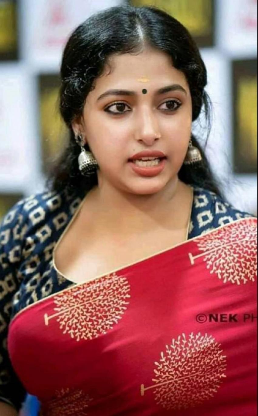 Anu Sithara Photos