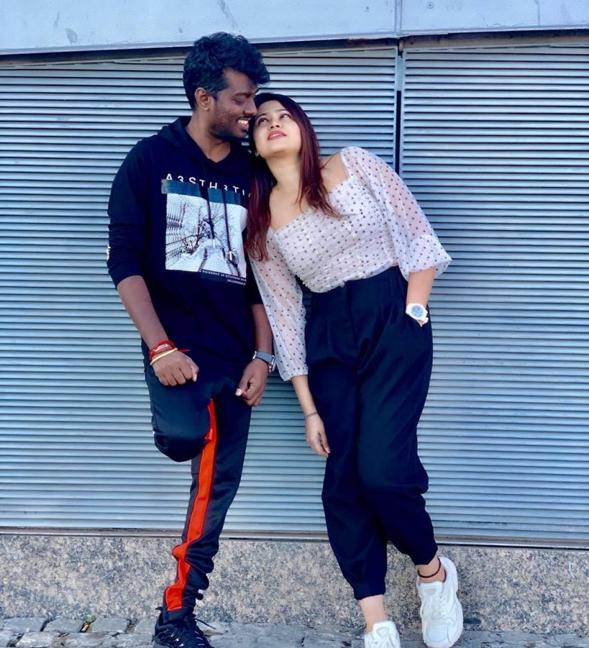 Atlee Romantic Side With His Lovely Wife Priya Photos