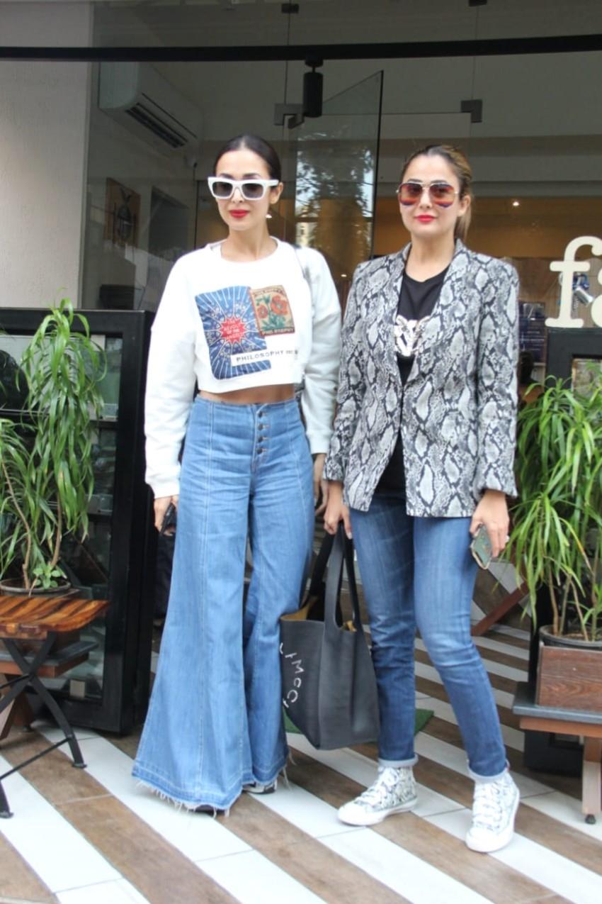 Malaik Arora & Amrita Arora spotted at Farmers Cafe in Bandra Photos