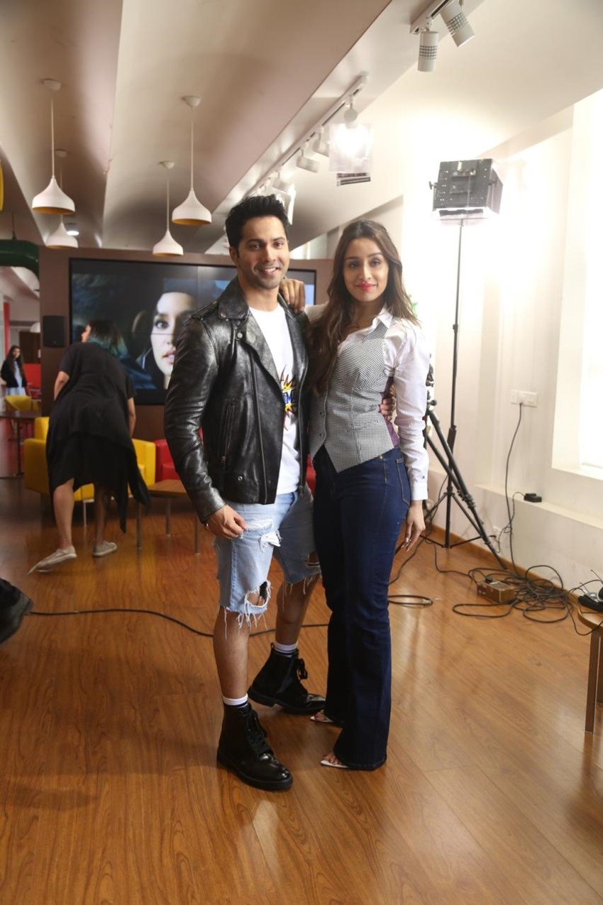 Varun Dhawan & Shraddha Kapoor snapped promoting 'Dancer 3D' at 98.3 FM Radio Mirchi office Photos
