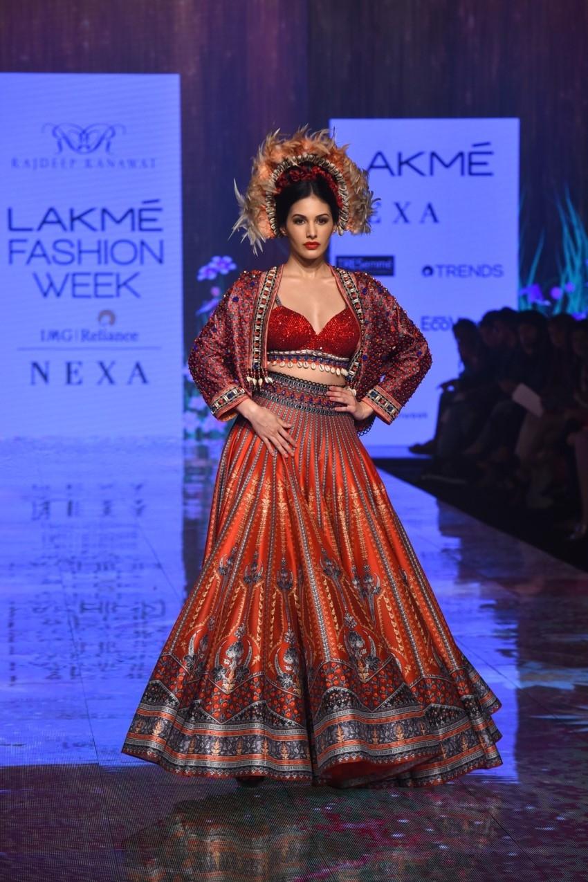 Amyra Dastur walks the Ramp at Lakme Fashion Week 2020 Photos