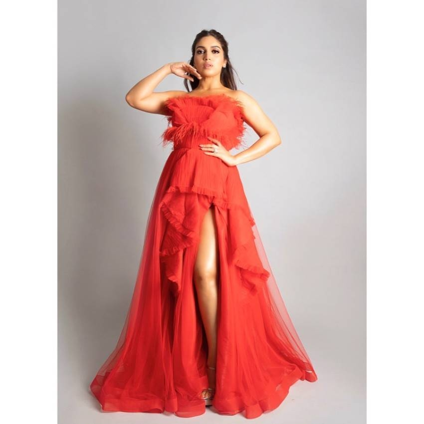 Bhumi Pednekar - (born 18 July 1989) is an Indian actress who appears in Hindi films. After working as an assistant casting director at Yash Raj Films for six years, she made her film debut as an overweight bride in the company romantic comedy Dum Laga Ke Haisha (2015), which earned her the Filmfare Award for Best Female Debut.