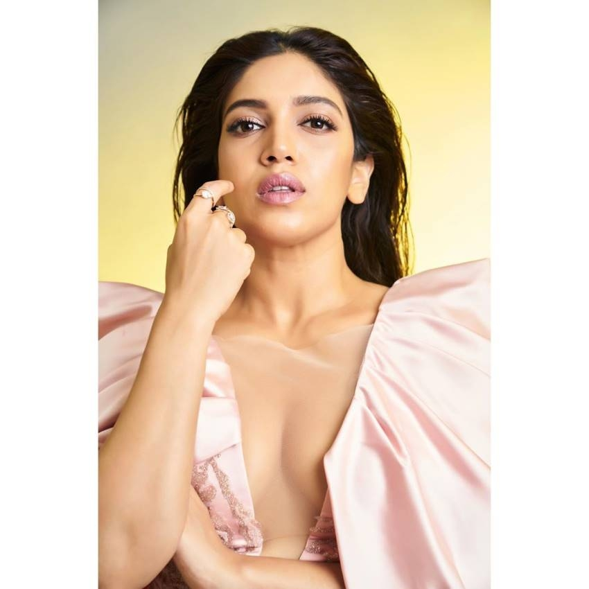 Bhumi Pednekar - (born 18 July 1989) is an Indian actress who appears in Hindi films. After working as an assistant casting director at Yash Raj Films for six years, she made her film debut as an overweight bride in the company romantic comedy Dum Laga Ke Haisha (2015), which earned her the Filmfare Award for Best Female Debut.   IMAGES, GIF, ANIMATED GIF, WALLPAPER, STICKER FOR WHATSAPP & FACEBOOK