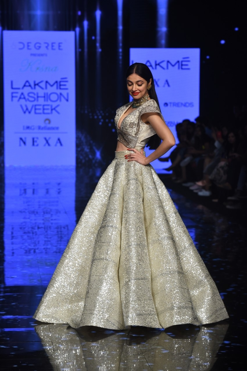 Divya Khosla Kumar walks the Ramp at Lakme Fashion Week 2020 Photos