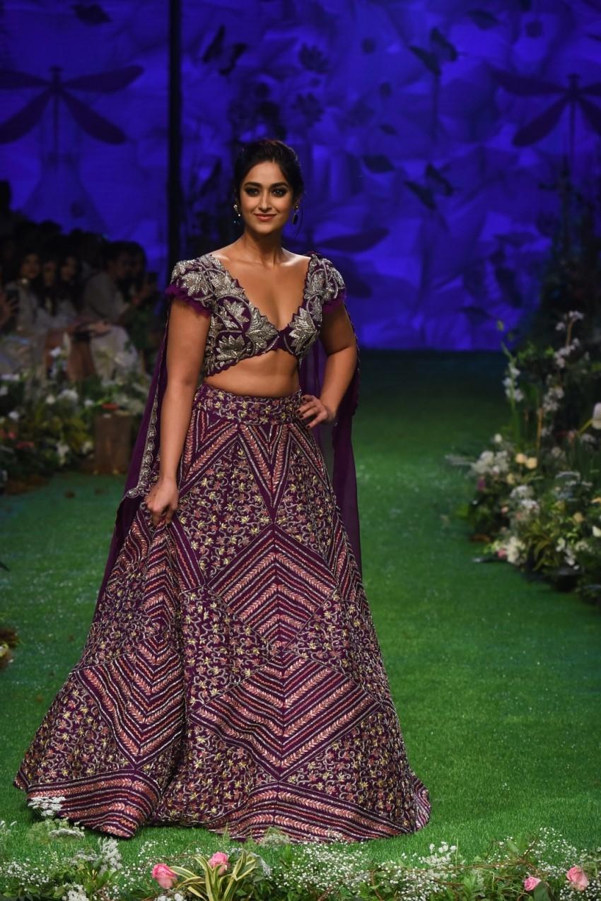 Ileana D'Cruz walks the Ramp at Lakme Fashion Week 2020 Photos