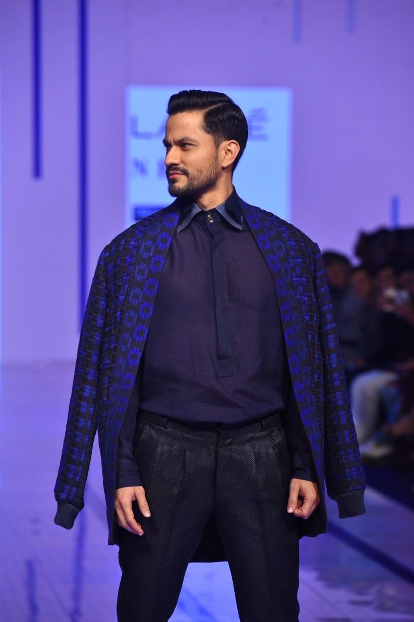 Kunal Khemu walks the Ramp at Lakme Fashion Week 2020 Photos