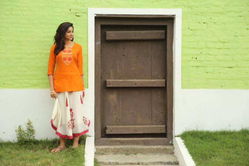 Riya Suman Photos