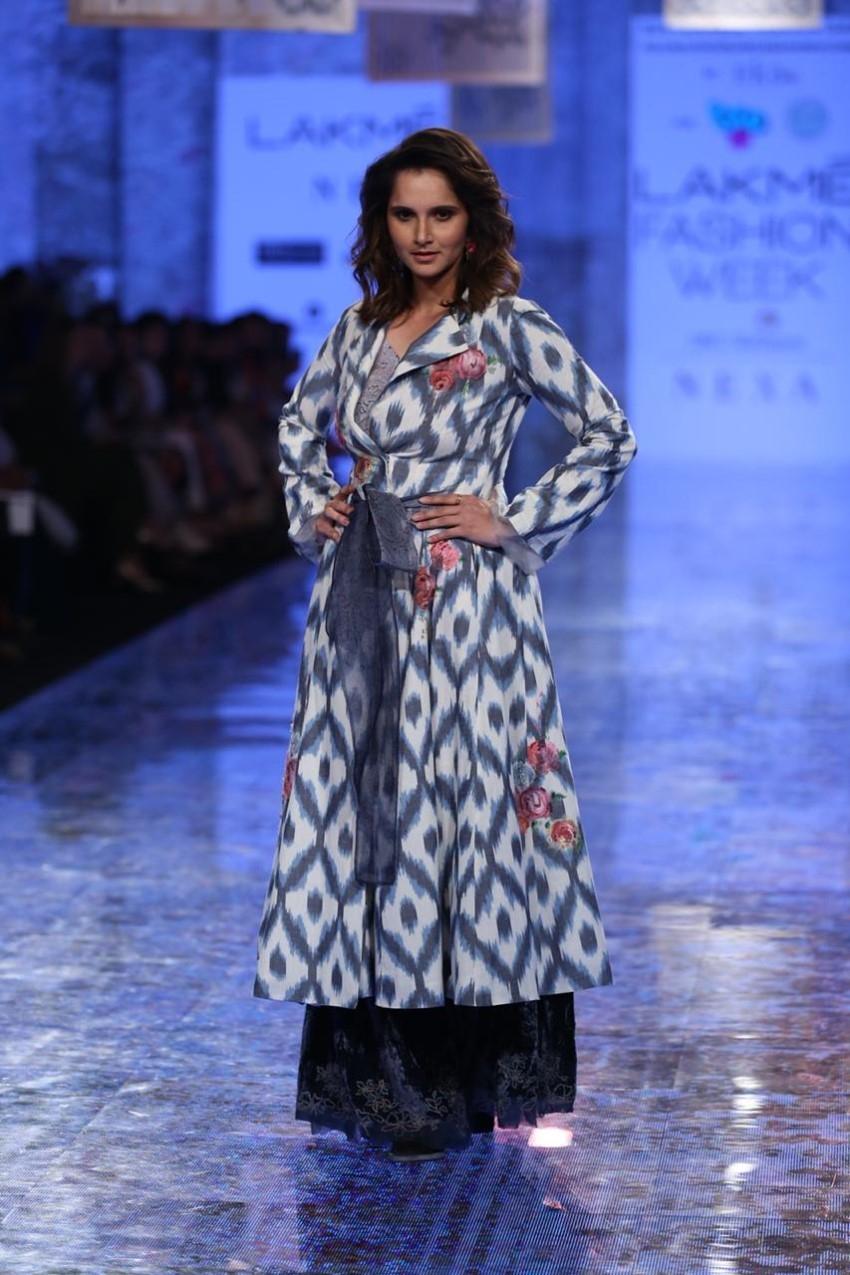 Sania Mirza walks the Ramp at Lakme Fashion Week 2020 Photos