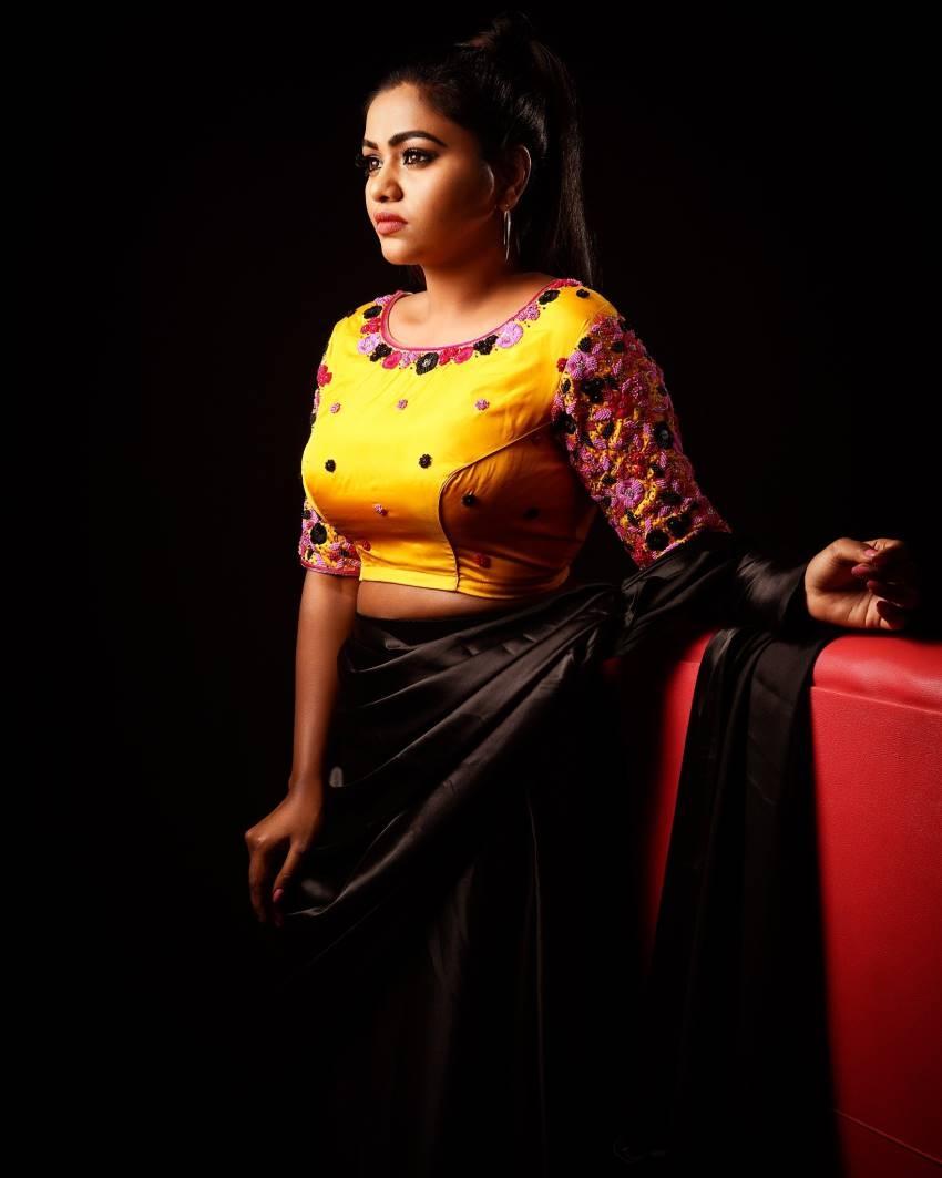 Shammu Photos