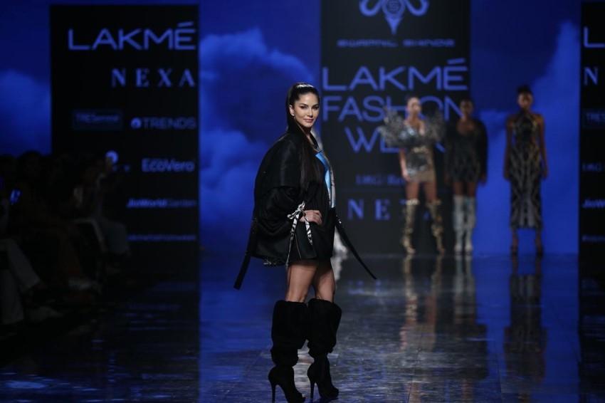 Sunny Leone walks the Ramp at Lakme Fashion Week 2020 Photos