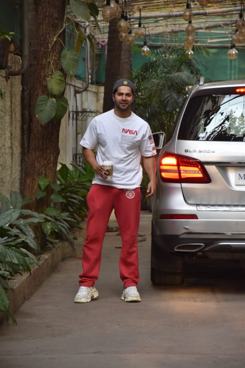 Varun Dhawan Photos