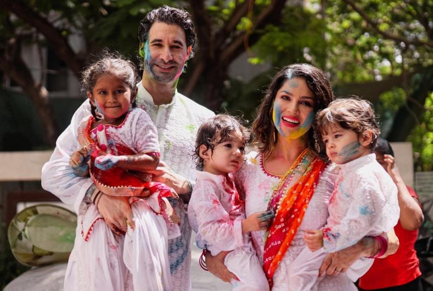 Sunny Leone Holi Celebration 2020 Photos