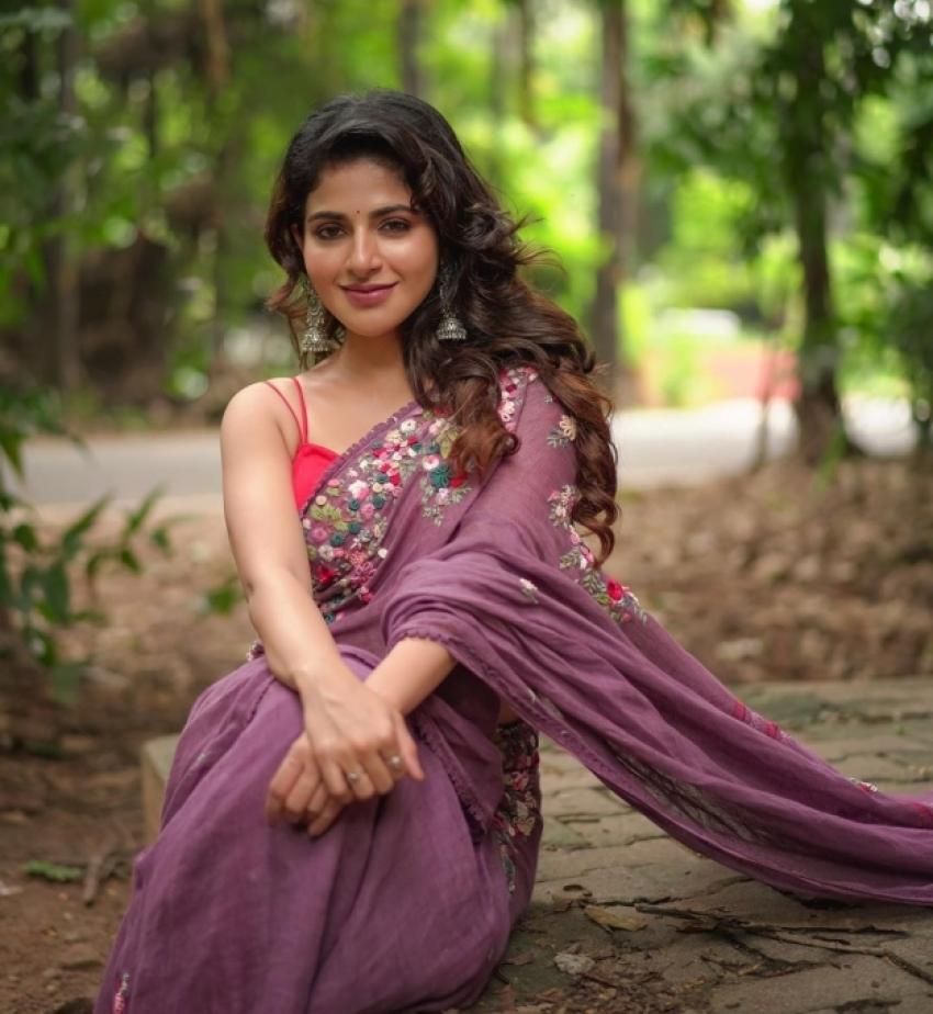Iswarya Menon Photos
