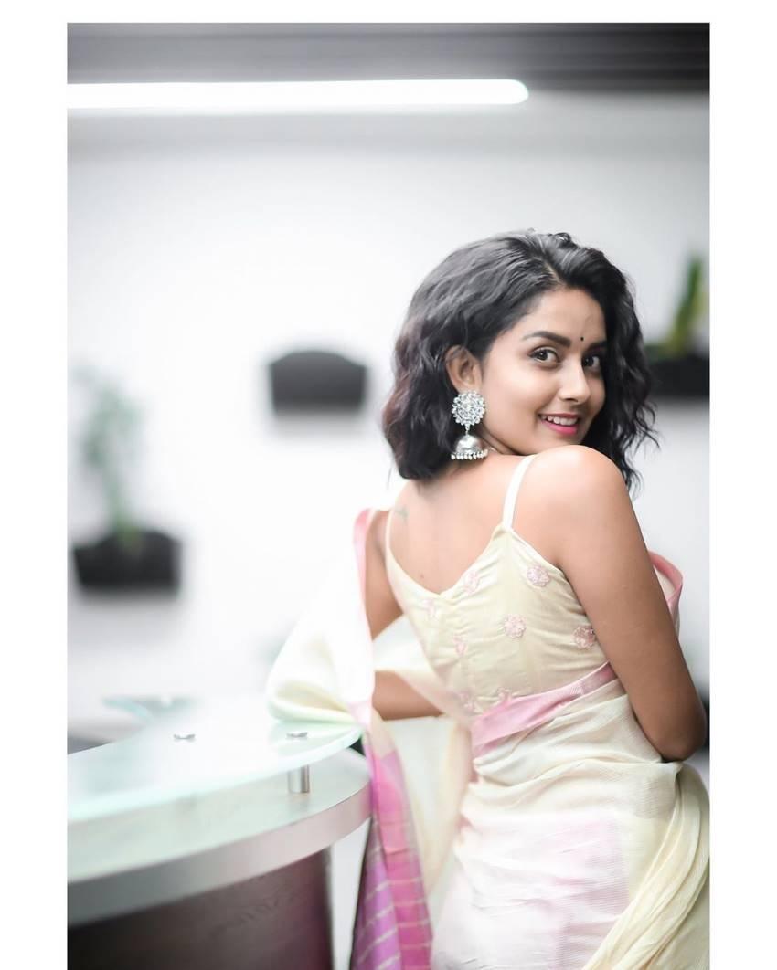 Mahima Nambiar Photos