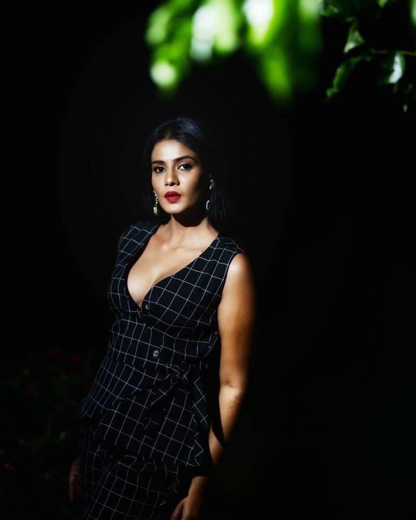 Meera Mithun Photos