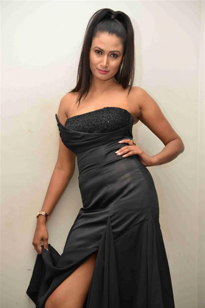 Samhita Vinay Photos