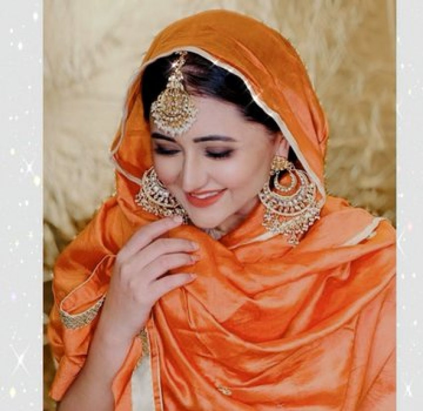 Celebs Looked Gorgeous On the special occasion of Ramadan (Eid-ul-Fitr) Photos