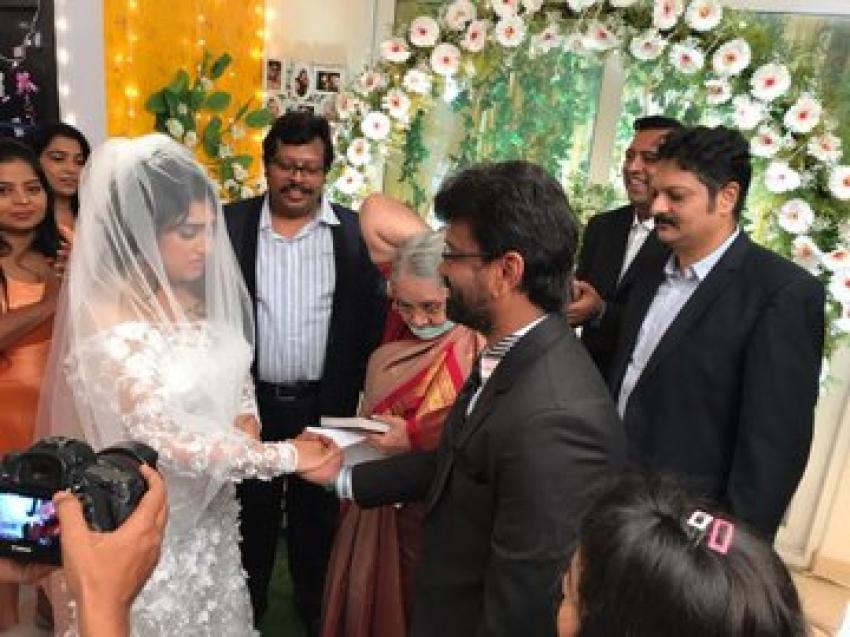 Vanitha Vijayakumar and Peter Paul Wedding Photos