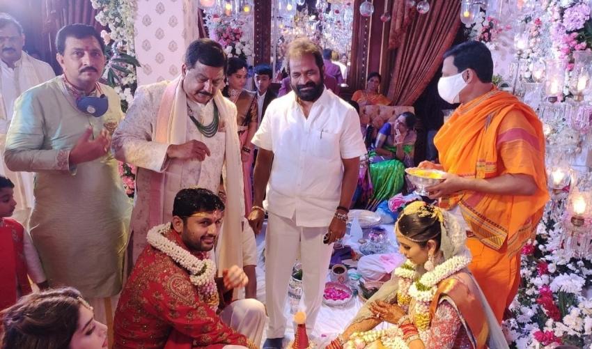 Nithiin And Shalini Wedding Photos