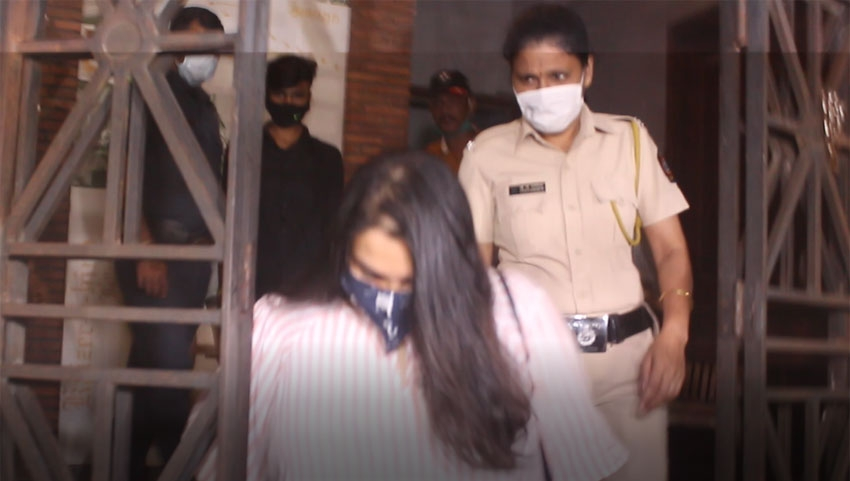 Rhea Chakraborty Appears At ED office For Questioning In Sushant Singh Rajput Case Photos