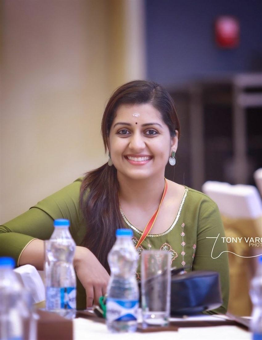 Sarayu Photos