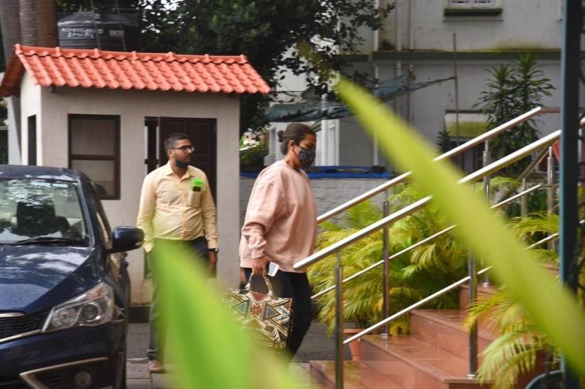Jaya Saha Snapped at NCB Office Photos