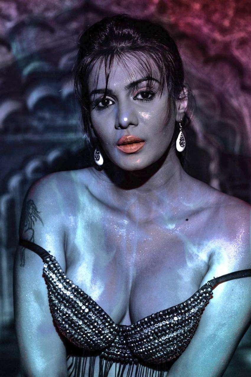 Meera Mithun Unseen Photos
