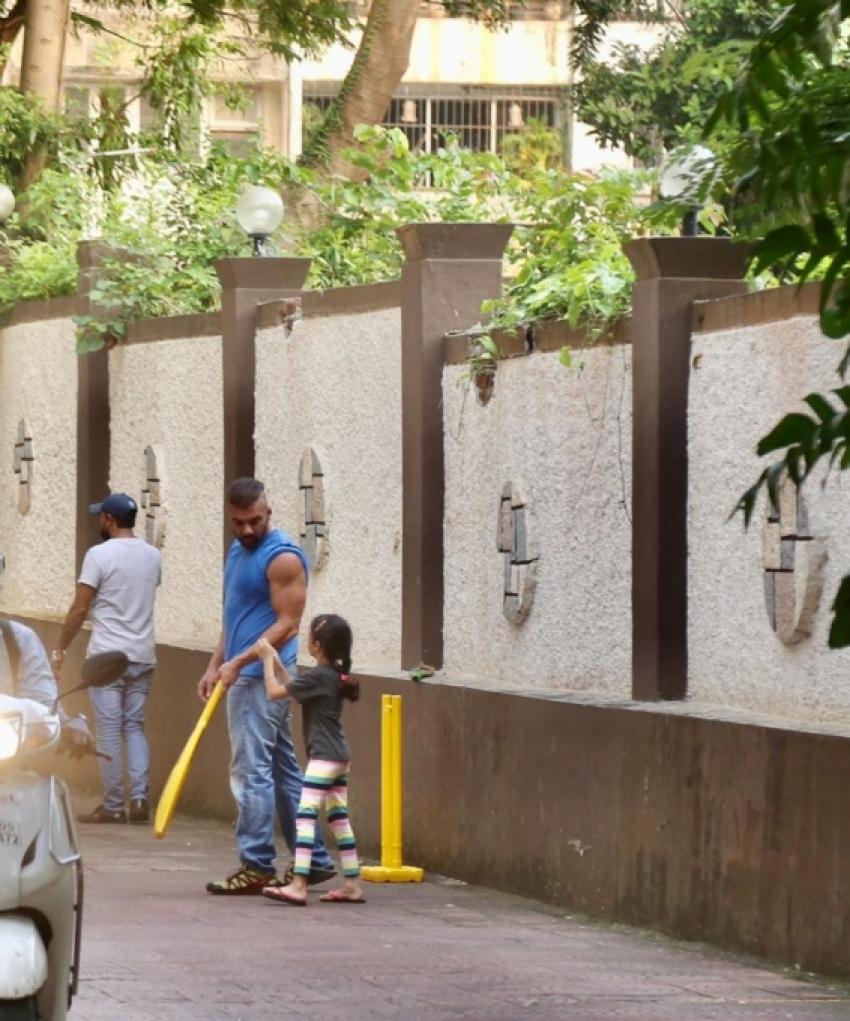 Sohail Khan Playing Cricket At his Residence Photos