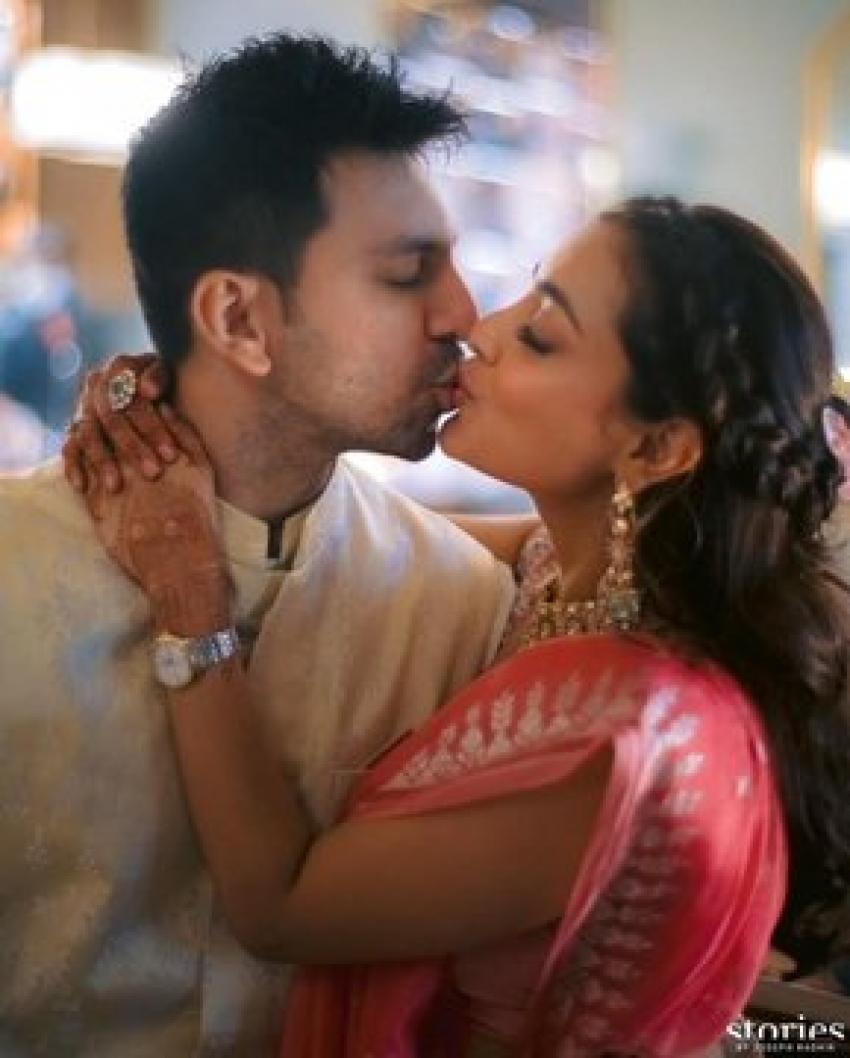 Kajal Agarwal And Gautam Kitchlu Viral Wedding Photos