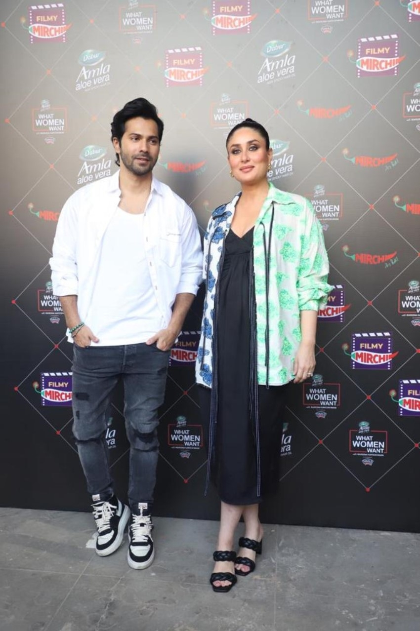 Kareena Kapoor and Varun Dhawan on the sets of What Women Want Chat Show Photos