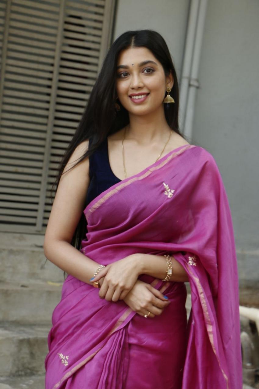 Digangana Suryavanshi Photos