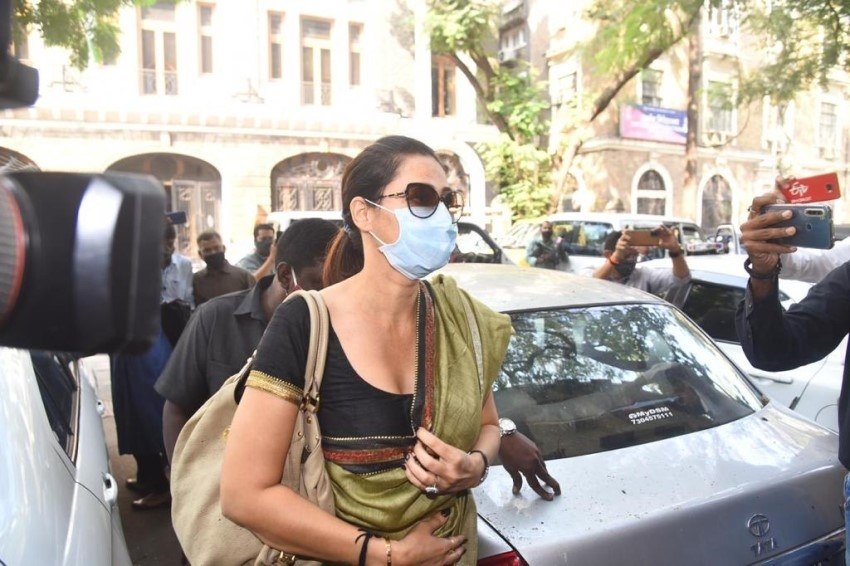 Arjun Rampal's sister Komal snapped at NCB Office Photos