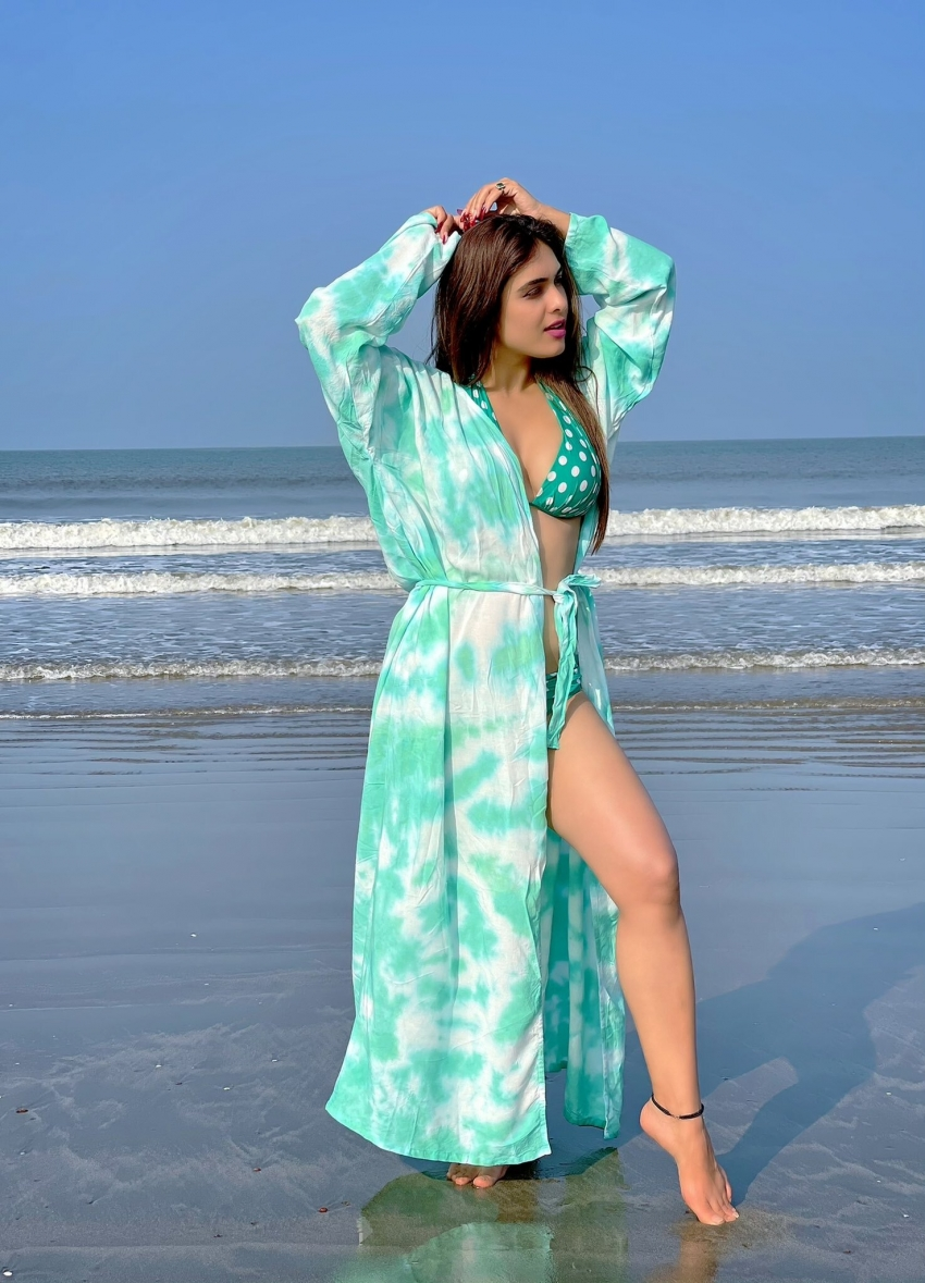 Neha Malik 2021 Goa Beach Holiday Vacation Goes Viral On Internet Photos