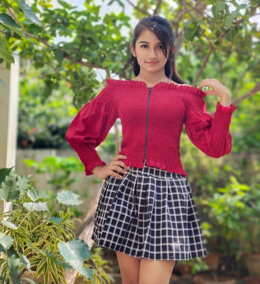 Raveena Daha Photos