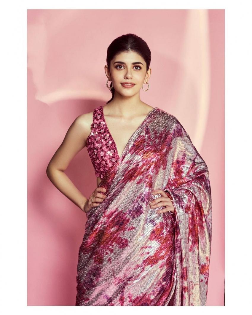 Sanjana Sanghi Photos