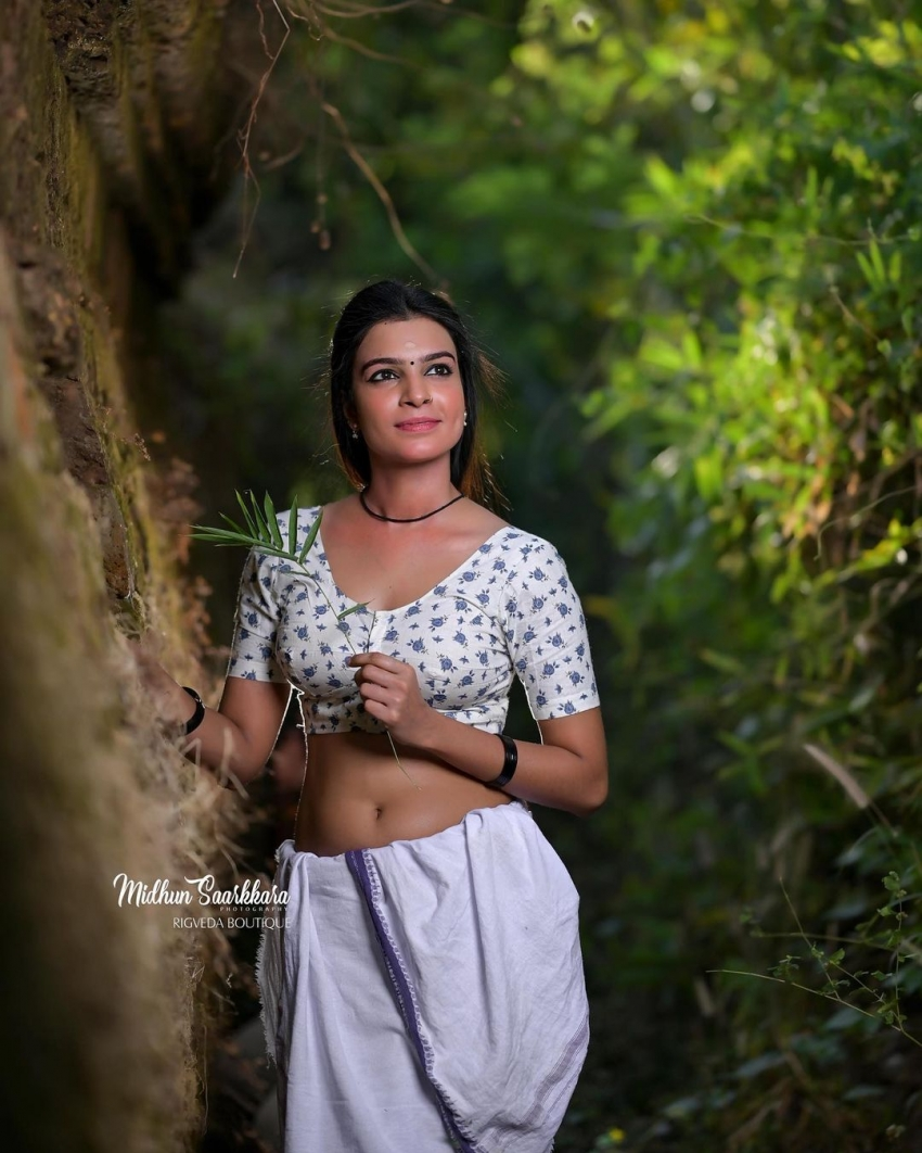Athira Jayachandran Photos