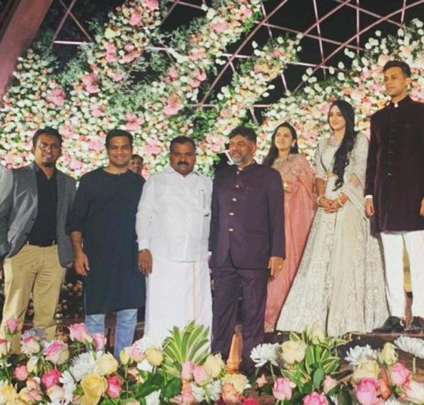 DK Shivakumar Daughter Aishwarya & Amartya Hegde Wedding Reception Photos