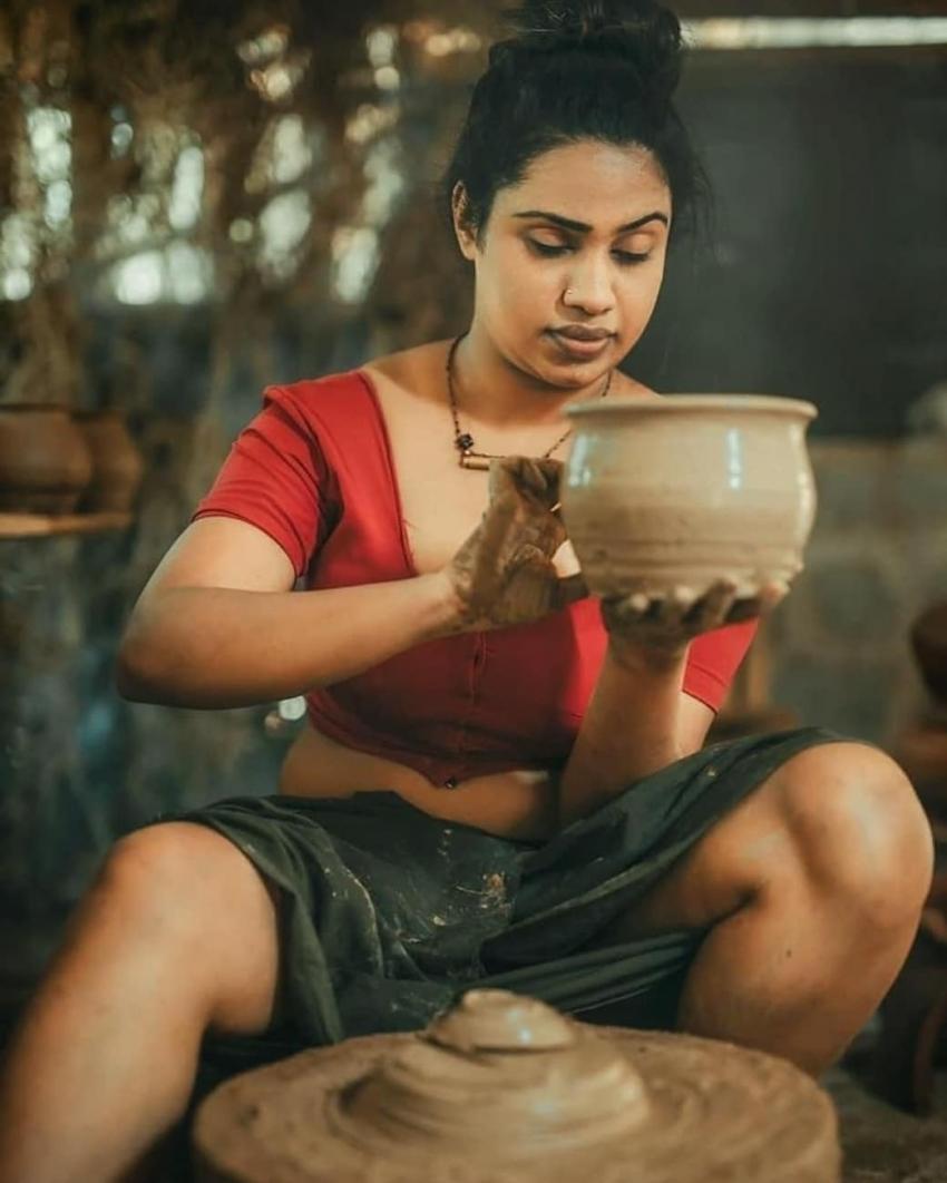 Madushani Photos