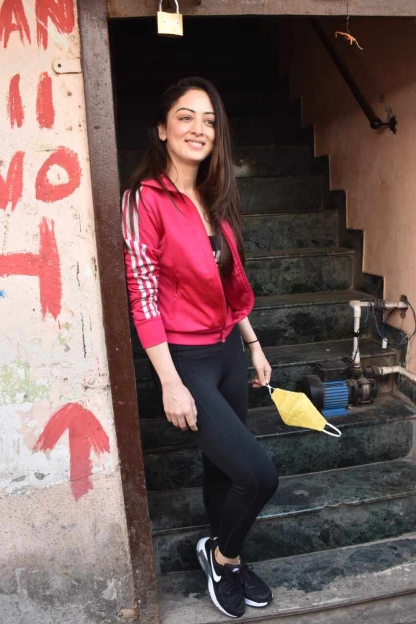 Sandeepa Dhar Photos