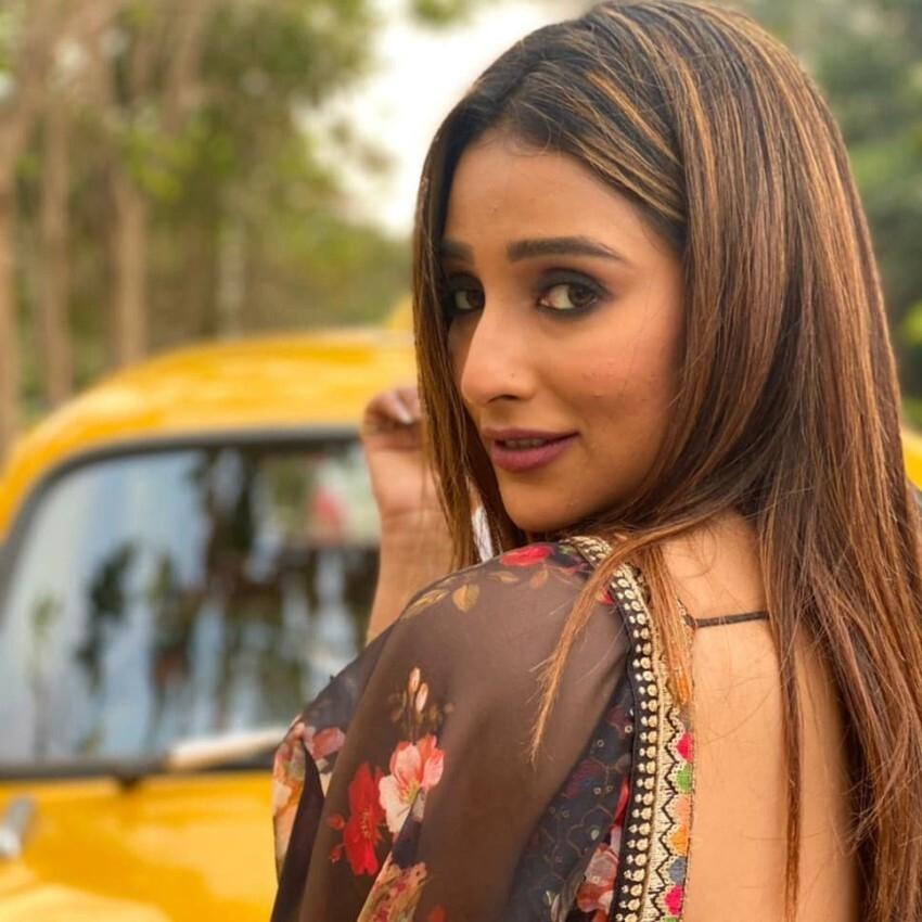Sayantika Banerjee Photos