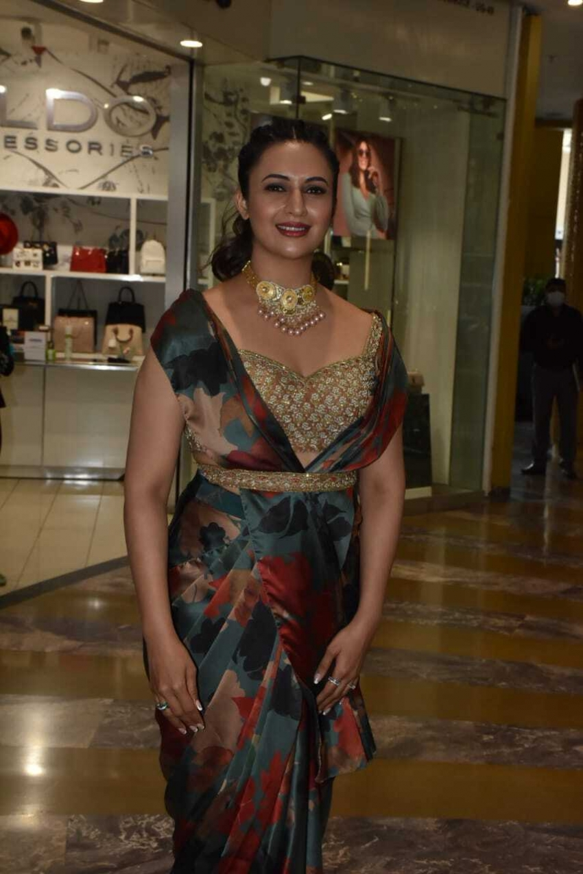 Divyanka Tripathi at phoenix market City power woman fiesta Photos