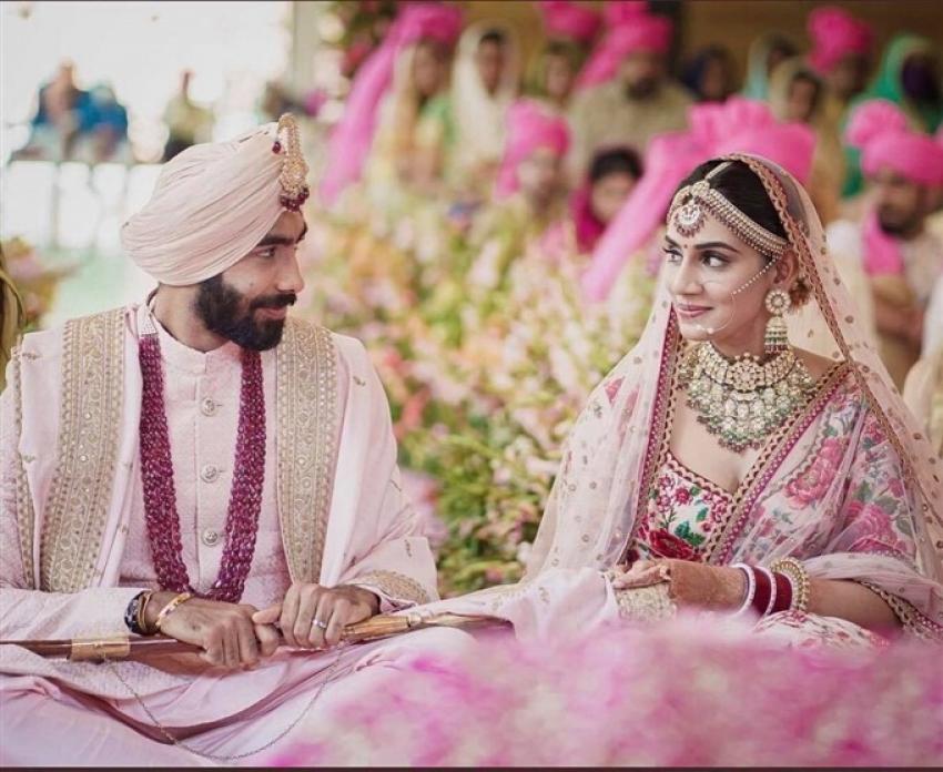 Jasprit Bumrah ties the knot with TV presenter Sanjana Ganesan Photos